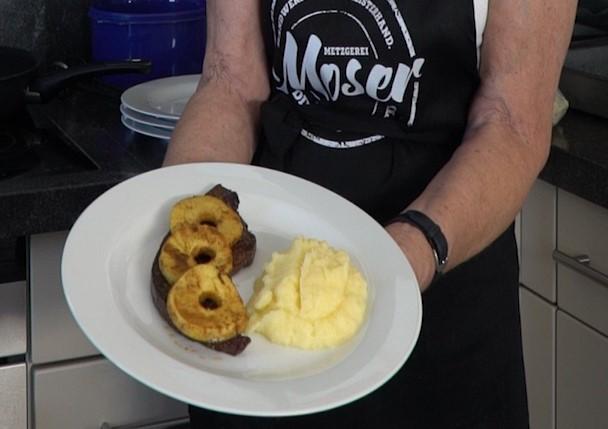 Tante Christl`s Kalbsleber mit Curry-Apfelringen – neues Kochvideo